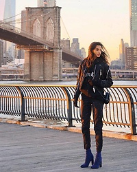 Gizele Oliveira - Topshop Pants, Dsquared2 Jacket, Vetements Sweatshirt, Ysl Bag, Public Desire Shoes - Brooklyn Bridge