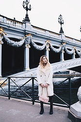 Tania - Abercrombie & Fitch Coat, Gucci Bag, River Island Boots - Paris Paris