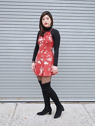 Michelle L. - Uniqlo Turtleneck, Brandy Melville Usa Dress, Gamiss Thigh Highs - Spread Love Not Hate