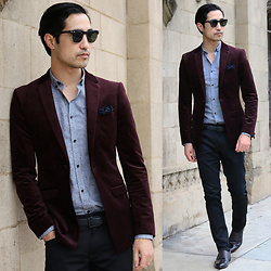 Michael - Ray Ban Clubmaster, Topman Sportcoat, Zara Dress Shirt, Topman Pocket Square, Zara Skinny Dress Pants, House Of Hounds Dress Shoes - Wine Red Evening