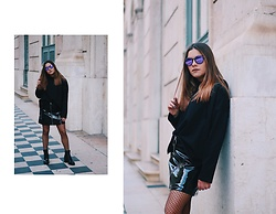Mariana Galhardas - Once A Day Sweater, Mango Skirt, Calzedonia Fishnet, Ray Ban Sunnies - All black, different textures
