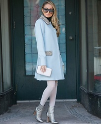 Lauren Recchia - Alice + Olivia Coat, Rebecca Minkoff Clutch, Schutz Booties - Classic never goes out of style