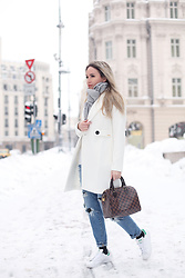 Silvia P. - Guess Coat, Louis Vuitton Bag, Adidas Sneakers - WINTER