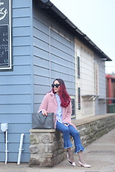 Virgit Canaz -  - Fluffy coat and flared frill hem jeans