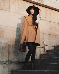 Narjisse Ammor - Maje Cape, Maje Bag, Audaviv Bangle, The Kooples Ankle Boots, Zara Hat - SHOW ME YOUR CAPE