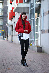 Paz Halabi Rodriguez - Zara Red Cropped Hoodie, Amore Mio Black Leather Cross Shoulder Bag, Zara Basic White Shirt, Topshop High Waisted Ripped Jeans, Mango Patent Leather Boots - Red Lover
