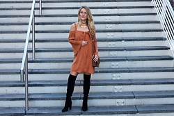 Amber Wilkerson - The Fifth Label Dress, Guess Boots, Romwe Bag - The Amber Dress