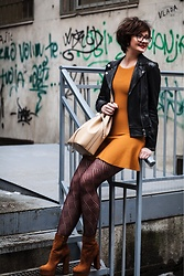 Milica Krstic - Loavies Dress, Sante Shoes, Falke Tights - Smile