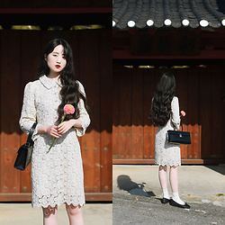 Autumn Kim - Love Ranunculus, Phila Petra Lace Midi Dress, Phila Petra Glitter Flat Shoes, Phila Petra Square Leather Bag - Antique