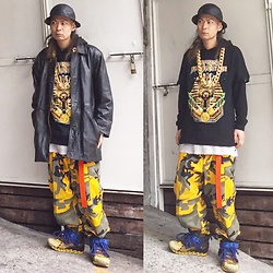 @KiD - Newyork Hat X Fragile Osaka, No Brand 90s Leather Jackets, Africa Bambaataa Tee, Rothco Cyber Camouflage, Camper X Bernhard Willhelm, Bring Bring - Japanese Trash112