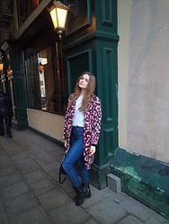Dasha - La Reine Blanche Leopard Woolcoat, Levi's Navy Blue Jeans, Massimo Dutti Black Leather Boots - International Women's Day