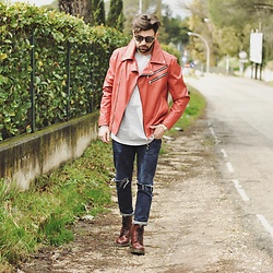 Pierluigi Musco -  - Red leather jacket