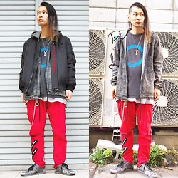 @KiD - Komakino Bomber Jackets, Germs Gi, Rvca Chemical Black Parka, Marc By Jacobs Key Necklace, Dogpile Red Bondage Pants, Kr3w Gray Sneaker - Japanese Trash115