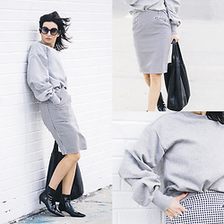 URBAN CREATIVI-TEA - Tom Ford Sunglasses, Vintage Skirt, Céline Bag, H&M Blouse, Balenciaga Shoes - North 12 Street / urbancreativi-tea
