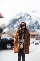 Tuyet - Forever 21 Coat, Abercrombie & Fitch Sweater, Topshop Jeans, Camelia Roma Bag, Karen Walker Sunglasses - Teddy Coat