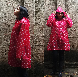 Lídia Rayanne - Priimary Raincoat, Clock House Pants, Rca Galochas Rainboots - And it's a hard winter's day ?