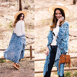 Shelly Stuckman - Ariat Platforms, Cavender's Kimono, Cavender's Purse, Cavender's Hat, Silver Jeans, Cavender's Bracelet, Cavender's Ring, Cavender's Top - Western Boho