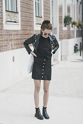 Dominika C - Shein Buttoned Skirt, Asos Tee, Shein Leather Jacket, Primark Boots - Graça