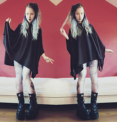 Nymphiah - Mr. Gugu & Miss Go Galaxy Leggings, New Rock Platform Boot M. 373 S2, H&M Black Cotton Poncho - A galaxy in the darkness