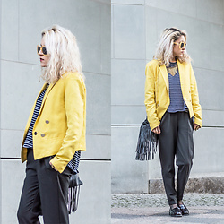 Diana Manolova - Bershka Trousers, Zara Blue Striped Sweater, Mango Blazer, Picknweight Berlin Vintage Sunglasses, H&M Fringe Mini Bag, Pull & Bear Loafers - Grey with Lemon