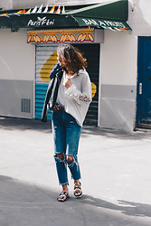 Laugh of Artist - Bershka Jeans, Diesel Sandals - Sandales oeillets