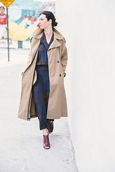 URBAN CREATIVI-TEA - Zara Trench Coat, Vintage Dress, Maison Martin Margiela Shoes - Vintage Dress & Williamsburg / urbancreativi-tea
