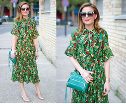 Vale ♥ - Metisu Green Floral Print Pleated Dress, Giancarlo Paoli Rose Gold Pumps - Green floral print dress