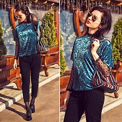 Natasha Karpova - Shein Velvet Blouse, Bershka Transparent Turtleneck, Furla Bag, Ray Ban Sunglasses, H&M Black Trousers, Catwalk Shoes - SPRING IS HERE