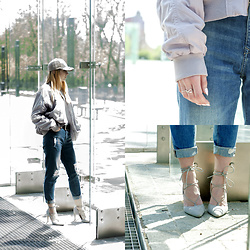 Sylwia Stokłosa - Deezee Grey Sandals, Yes Silver Rings, H&M Boyfriend Jeans, H&M Bomber Jacket, Cap - #1