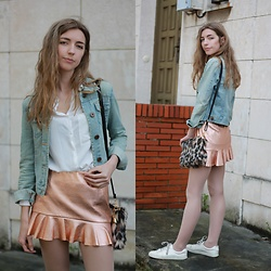 Alba Granda - Pimkie Denim Jacket, Bershka White Shirt, Zara Metallic Skirt, Dresslink Leopard Flurry Bag, H&M White Sneakers - Metallic Skirt