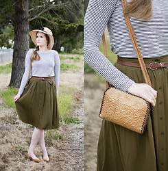 Emily S. - No Brand Sun Hat, Forever 21 Top, Forever 21 Midi Skirt, The Frye Company Flats, Vintage Tooled Bag - Spring Greens