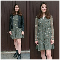 Karolina - C&A Dress, C&A Jacket, Ccc Shoes - Vintage girl