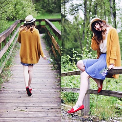 Mackenzie S - H&M White Sleeveless Blouse, Jones New York Tasseled Red Loafers, Hooked Productions Flutter Skirt In Indigo, Bdg Parker Cardigan, Nordstrom Straw Boater Hat - Rain Rain Go Away, Don't Come Back Another Day