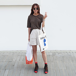 Rekay Style - Rayban Round Sunglass, Who What Wear Stripe Top, Snidel Stripe Shorts, Blurr Seoul Studio Dover Eco Bag, 3.1 Phillip Lim Lace Up Sandal - Street fashion in Seoul