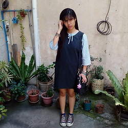 Janine Kaye - Mango Top, Converse Shoes - Marin :)