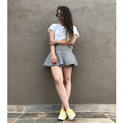 Karen Cardiel - Grind Miniskirt, Pull & Bear White Croptop, Converse Yellow Sneakers, Yellow Circular Shades - I don't want to be fixed, just be loved ?