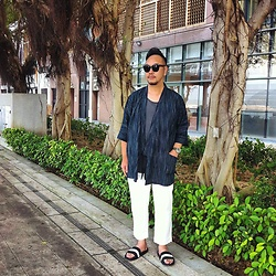 Mannix Lo - Muji Kimono, Uniqlo Cropped Pants, H&M Sandal - Japanese style in Weekend