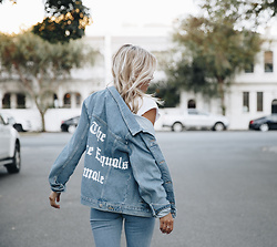 NA-KD - Na Kd The Future Equals Female Denim Jacket - The future Equals Female