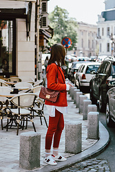 Andreea Birsan - Red Blazer, Ace White Sneakers, Red Trousers, White Button Down Shirt, Red Lace Metropolis Shoulder Bag - The red suit