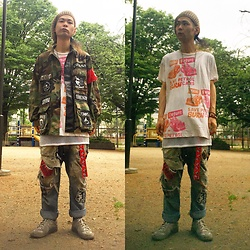 @KiD - Obey Jamie Reid Designed Tee, Haranomushi (ハラノムシ) Silk Necklaces, Vintage Diy Camouflaged Jacket, Diy Panda Belt, Lee Crush Jeans, Maison Martin Margiela German Trainer - Japanese Trash134