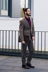 Maik - Becon Berlin Suit, Becon Berlin Shirt, G Star Raw Boots, Buckle & Seam Sleeve - Not just a grey suit