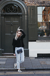 Elza B - H&M Black Frill Jumper, Pull & Bear Mom Jeans, Vans Checkered Slip Ons - Back to Normal