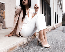 Kristina - Lavish Alice Blush Cape Blazer, David Lerner Silk Blouse, David Lerner All White Chino Pant, M. Gemi Nude Pumps - You're making me blush