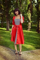 Butterfly Petty - Dresslily Dress, New Look Heels - Red with stripes