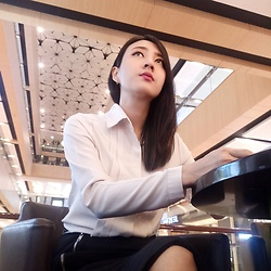 Cecilia Lim -  - Office Look