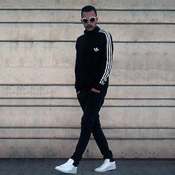 Mohamed Samaras - Adidas Firebird Track Top, Asos Sunglasses Kurtcobain, Adidas Gazelle Core, H&M Denim - Past. Present. Future.