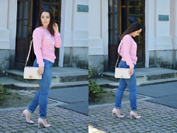 Sispolitan Lach - Sammy Dress Sweatshirt, Zaful Bag, Solo Famme High Heels, Levis Jeans, Fossil Watch - Unicorn