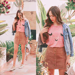 María Rubio - Pepaloves T Shirt, Zara Jacket, Mango Bag, Stradivarius Skirt, Superga Sneakers - Pepaloves t-shirt
