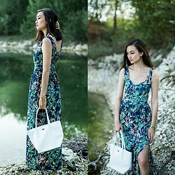 Linh Minouderie - Morgan Dress, Lacoste Bag - French style