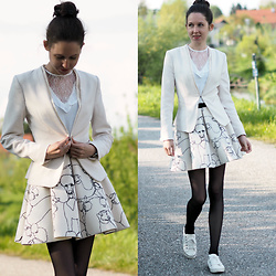Claire H - H&M Blazer, H&M White Blouse With Lace, H&M Scuba Skirt - Go for a walk